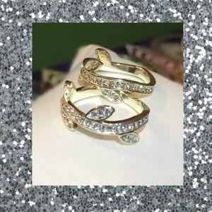 White Topaz Gold Plated Wavy Leaf Band Ring Set
